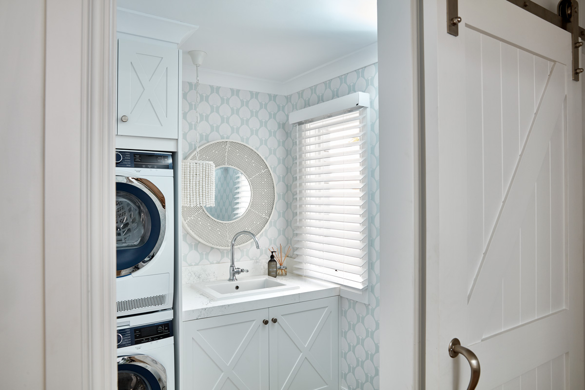 Venetian Blind in Laundry.jpg